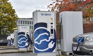 Selskapets hurtiglader nr. 1000 i Norge inkluderer verdens første erstatning av bensinpumpe
