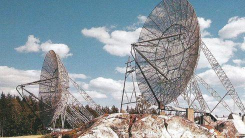 ACE High-antenner ved ikke navngitt, norsk stasjon tilknyttet den opprinnelige «Hot Line»-kjeden.