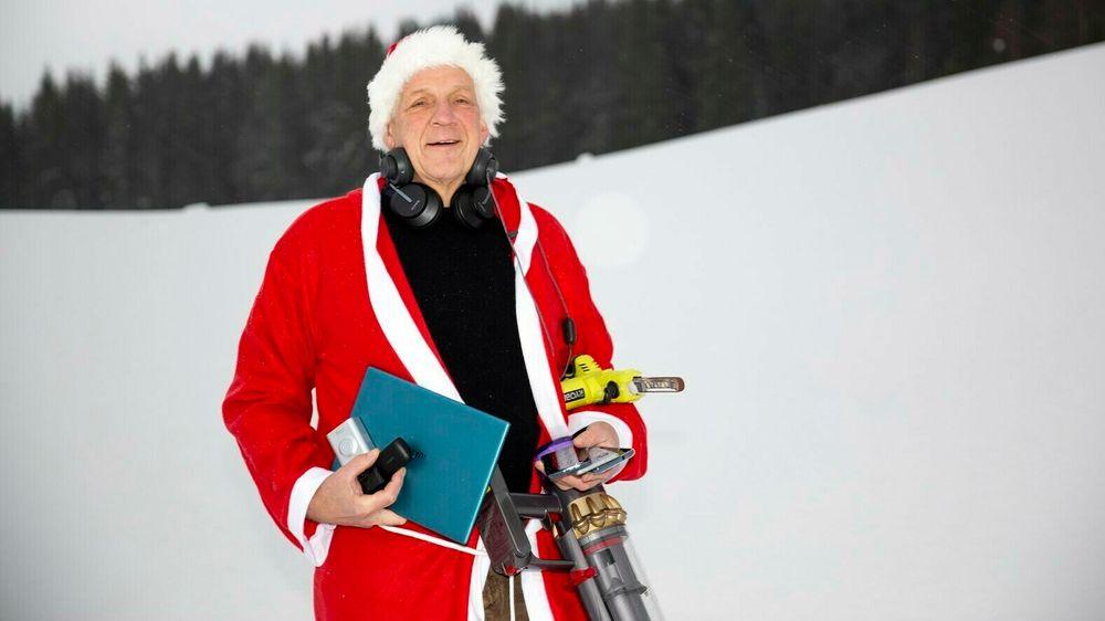 Det er langt mellom de myke pakkene når TUs julenisse Odd Richard Valmot fyller gavesekken.