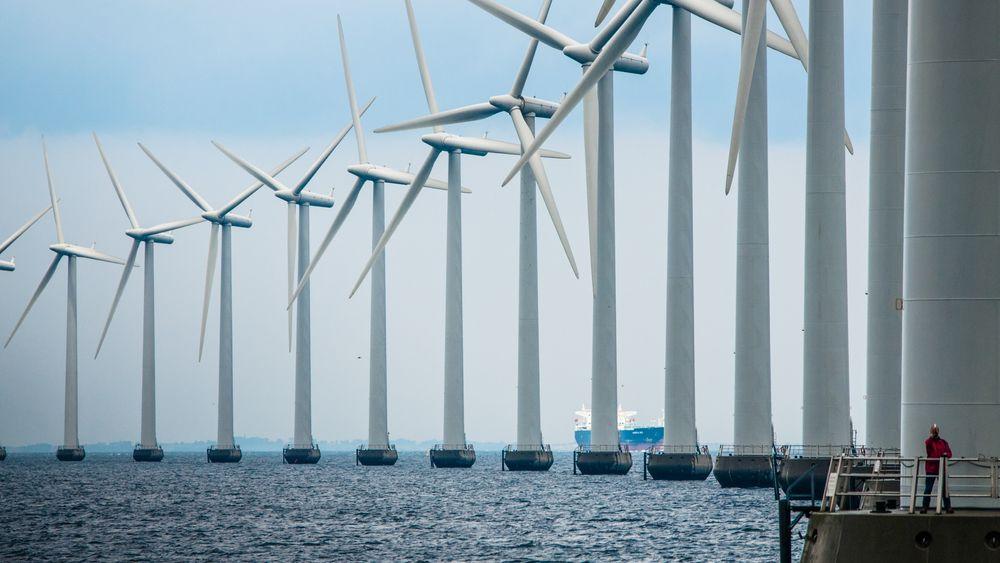 Middelgrunden havvindpark utenfor København skal renoveres. Nå håper operatøren på 20 nye år med elproduksjon.