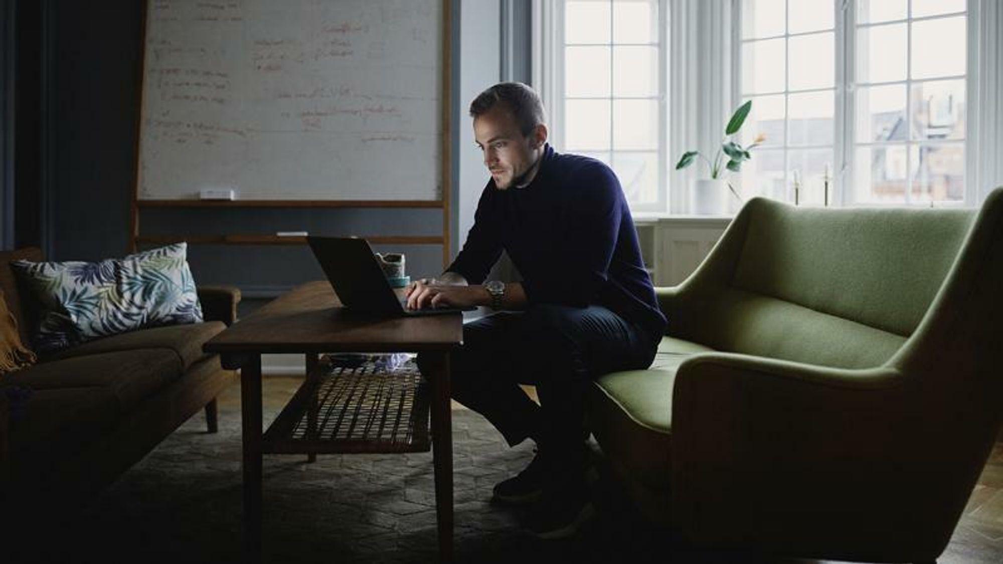 Lars Maasøe er programvareingeniør og Ph.D. innen maskinlæring og for fire år siden var han med å starte selskapet Corti, som jobber med beslutningsstøtte for håndtering av nødanrop.