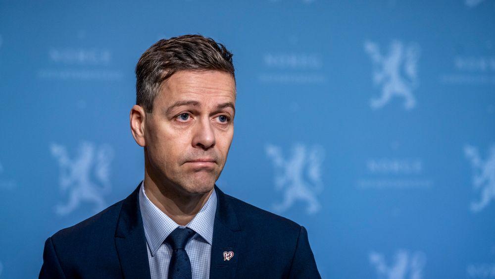Samferdselsminister Knut Arild Hareide (KrF) mener Nasjonal transportplan har vokst seg urealistisk stor og har tatt på seg den upopulære kuttejobben. Planen for perioden 2022-2033 legges fram i mars.