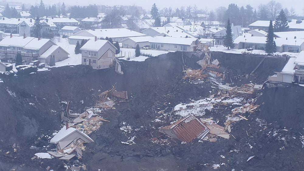 NORSAR har gjennomgått en stor datamengde for å finne ut om det fatale leirskredet på Ask i Gjerdrum ble utløst av et jordskjelv.