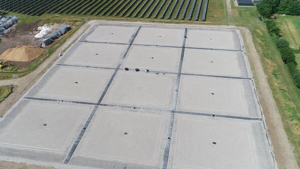 I motsetning til tidligere generasjoner av lokk for damvarmelager, vil det nyutviklede lokket på Høje Taastrup ha et varmetap på kun 10 prosent og en levetid på 25 år, ifølge Aalborg CSP.