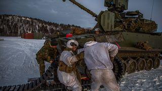 Da norsk industri mislyktes måtte Forsvaret kjøpe britiske sensorer til CV90
