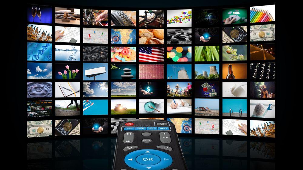 I dag konsumeres stadig mer av tv-innholdet når vi selv ønsker det – altså på bestilling (on-demand) og distribueres teknisk som et unicast – altså et en til en-forhold. Det sendes unikt til deg fra systemet, enten det er fra Netflix, operatøren selv eller via apper.