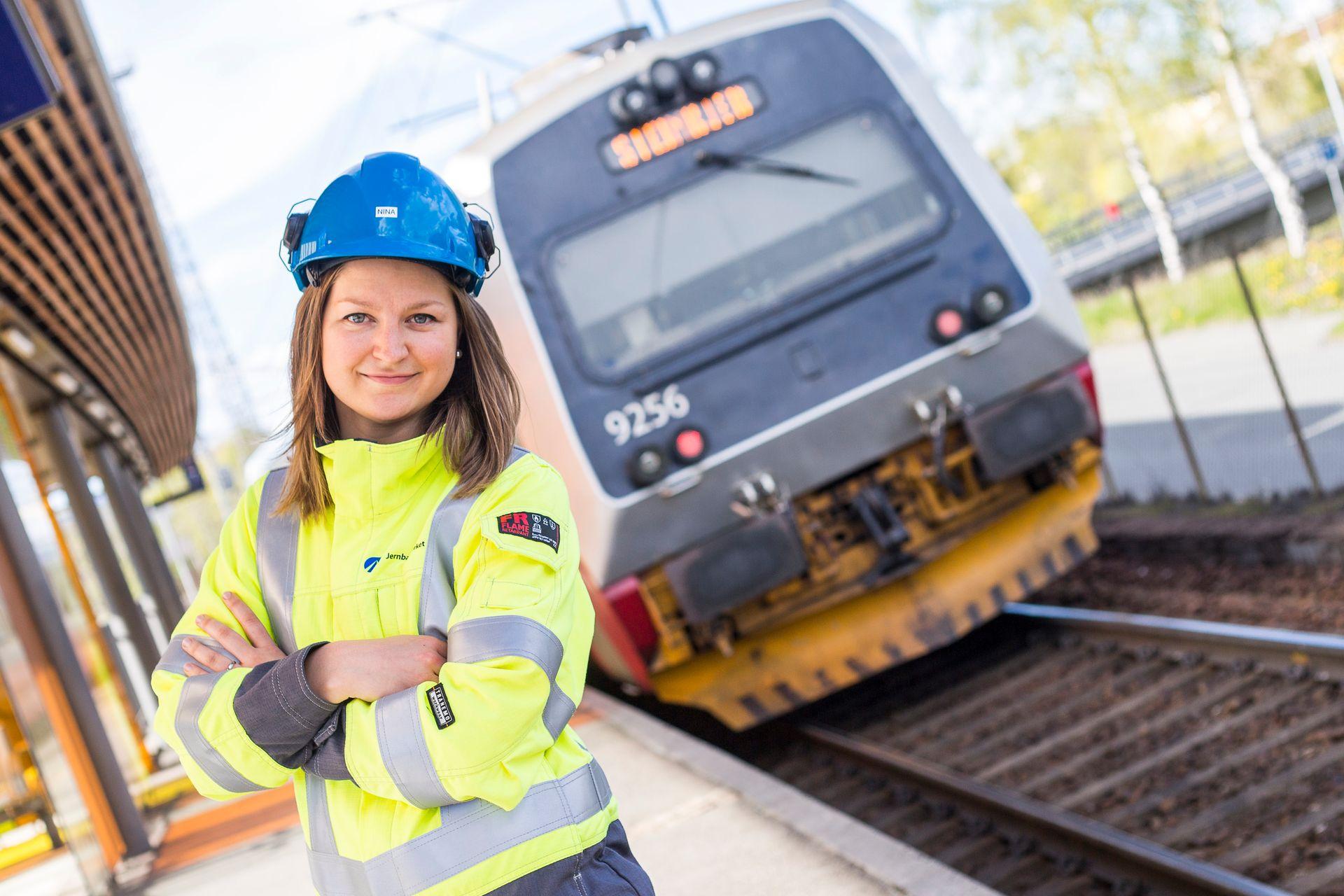 –Jernbanen er en klimaløsning. Hvis man vil jobbe med bærekraft er samferdsel riktig bransje, sier Nina Valle.