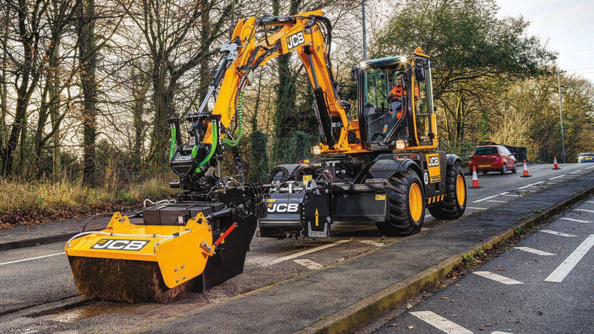I 2020 har maskinen blitt utprøvd i britiske Stoke-on-Trent, der den har vist et tempo som tilsvarer 700 reparasjoner i måneden.