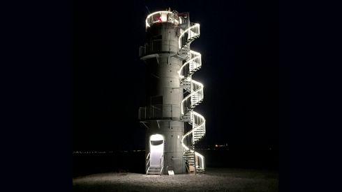 Kontrolltårnene som skal revolusjonere norske småflyplasser bygges med kumringer