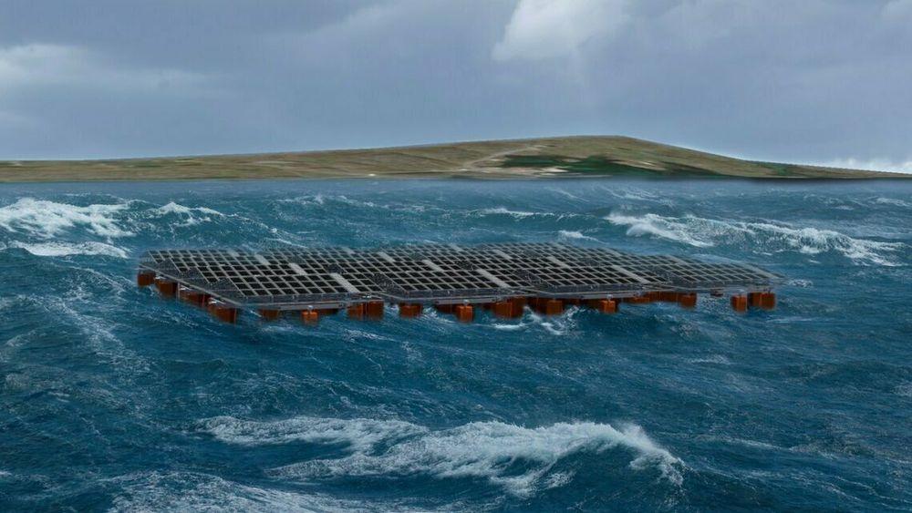 Ifølge Equinor blir anlegget verdens første testprosjekt for flytende solenergi i røff sjø.