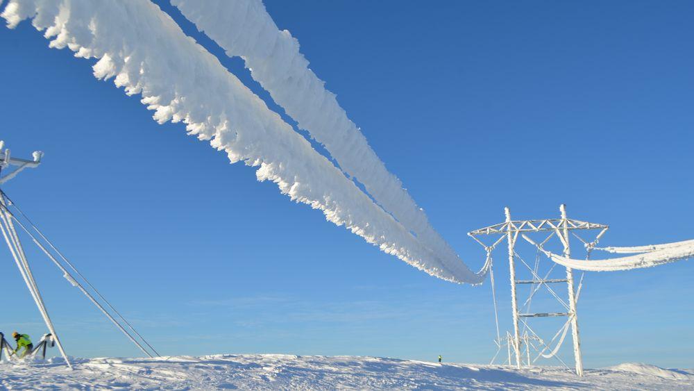 Kulde over hele landet, kombinert med stadig mer elektrifisering, gjør at nordmenn bruker ekstremt mye strøm i disse dager.