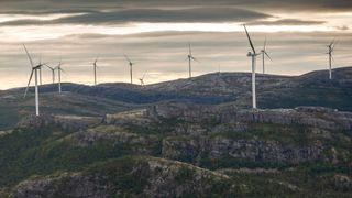 Norsk vindkraftproduksjon er omtrent som en flau bris – og for liten