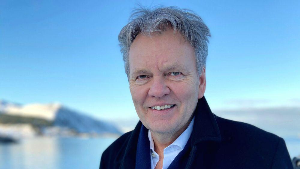 Vi som held hjula i gang langs kysten veit realitetane: Dei store forretningsbankane har redusert nærværet i Kyst-Norge, og sparebankane spelar difor ei stadig viktigare rolle, skriv Stig Remøy i dette innlegget.
