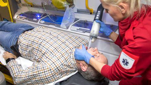 Hoppet av karriere i oljeindustrien for å utvikle utstyr som redder liv