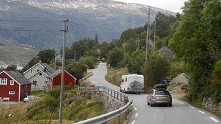 Rapport: Riks- og europaveiene har blitt bedre – fylkesveiene er dårligst