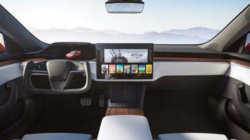 Tesla har kvittet seg med rundt ratt i Model S og X.