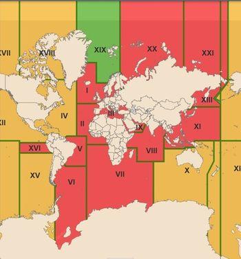 Oversikt over maritime geografiske områder (Navarea) hvor et land har ansvar for å sende ut navigasjonsvarsler til skip. Kartet viser også status (per 26. januar 2021) for innføringen av Iridium Safetycast. Grønt markerer områder med «operativ» status, gult markerer områder med «test»-status, mens rødt markerer de områder som er i en planleggingsfase.