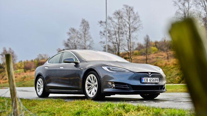 Tesla Model S i Gjesdal kommune i Rogaland.