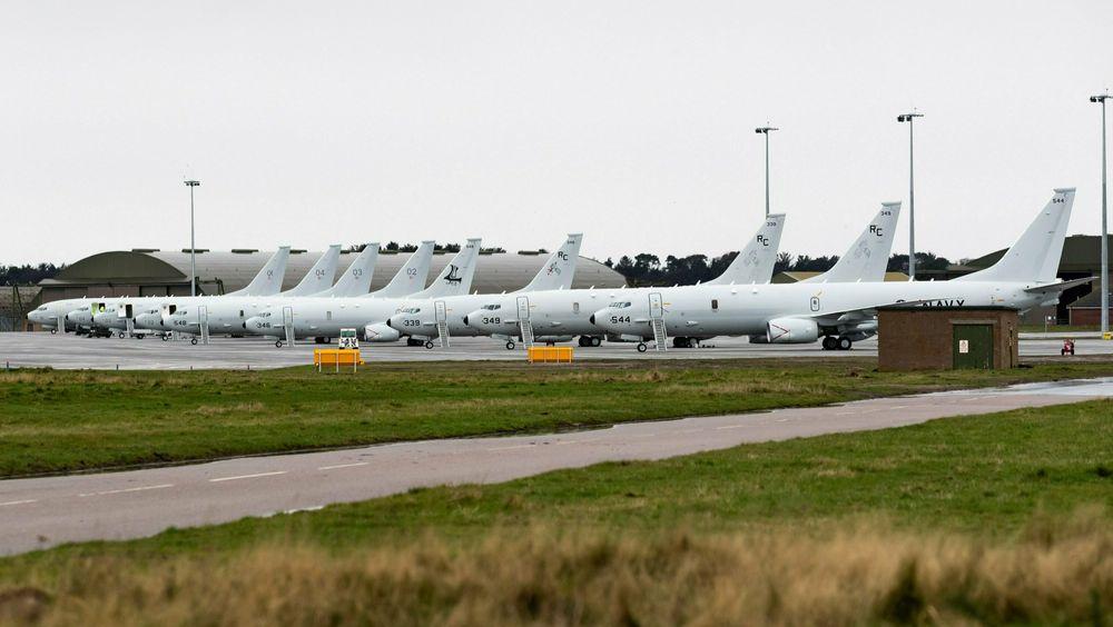 Ni P-8A Poseidon samlet på RAF Lossiemouth i midten av januar.