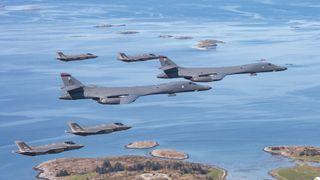 Norsk general: – Å huse amerikanske bombefly er normalaktivitet for oss