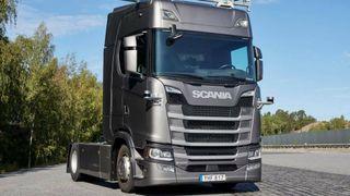 Snart kjører lastebiler autonomt på den svenske europaveien