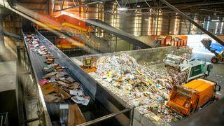 Verstingkundene isoleres i dette sorteringsanlegget for ikke å ødelegge for resten