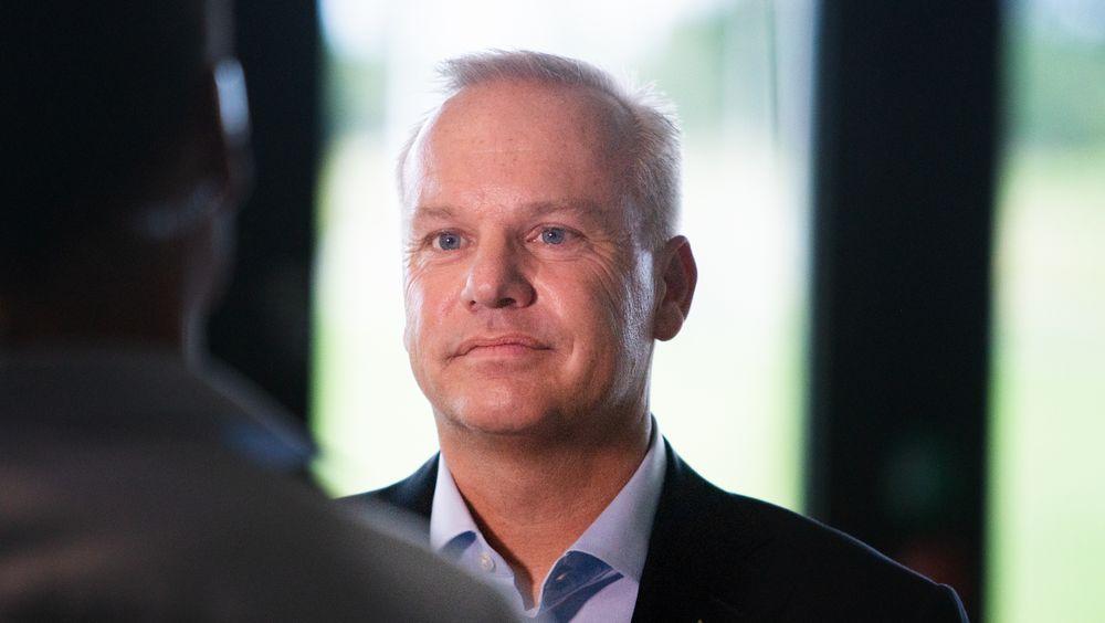 Equinor-sjef Anders Opedal mener ingen er bedre posisjonert enn Equinor for nye havvindprosjekter. Men han vil ikke oppjustere ambisjonene innen fornybar energi for selskapet, selv om det danske fornybarseskapet Ørsted nylig har blitt mer verdt enn det norske energiselskapet.