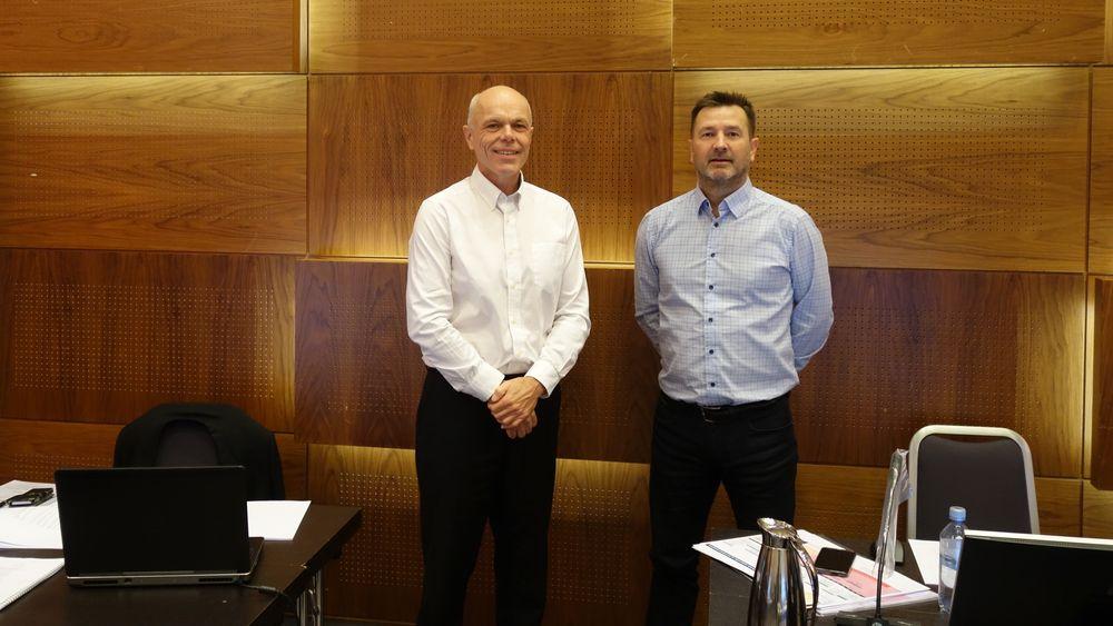 Gründerne Jørn Eriksen (f.v.) og Kjell Einar Olsen i Norxe rett før ankeforhandlingen startet.