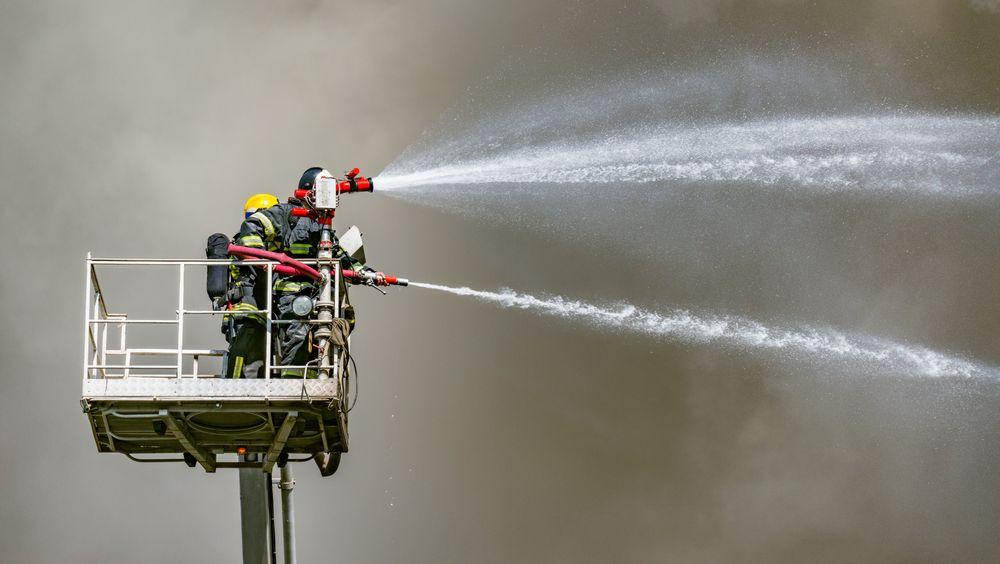 Vann består av hydrogen og oksygen – så hvorfor kan det ikke brenne?
