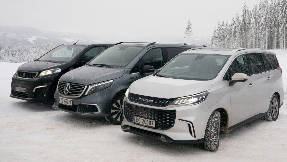 Vi tok med tre store personbiler på test i vinterkulda.