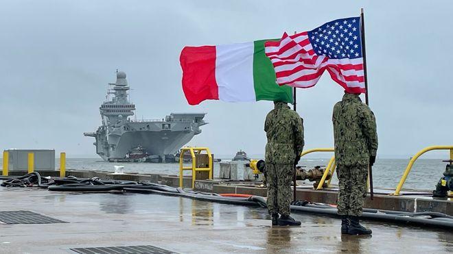 Flaggskipet har ankommet USA: Italia blir tredje nasjon med operative F-35B