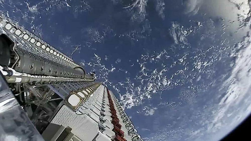 Over 1000 Starlink-satellitter i bane: Nå er hastigheten høy nok til film og spilling