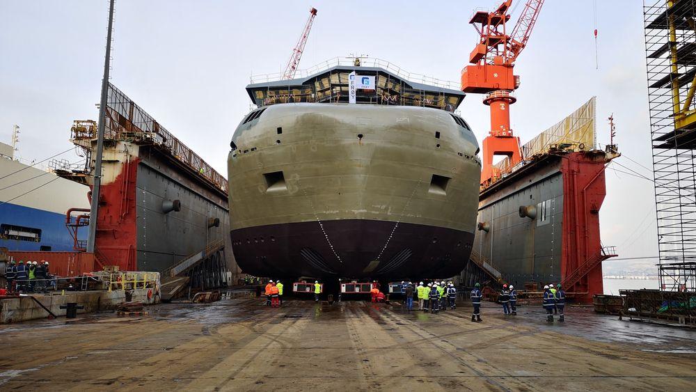 Gåsø Høvding blir betydelig breiere enn andre brønnbåter.