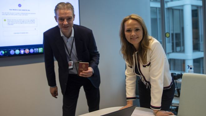 Steffen Sutorius, direktør i Digitaliseringsdirektoratet og hans overordnede, IT-minister Linda Hofstad Helleland.