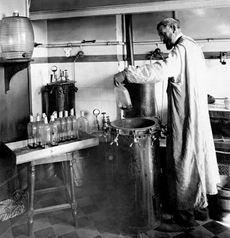 Louis Pasteur var en pioner innen medisin, og sto bak flere vaksiner.