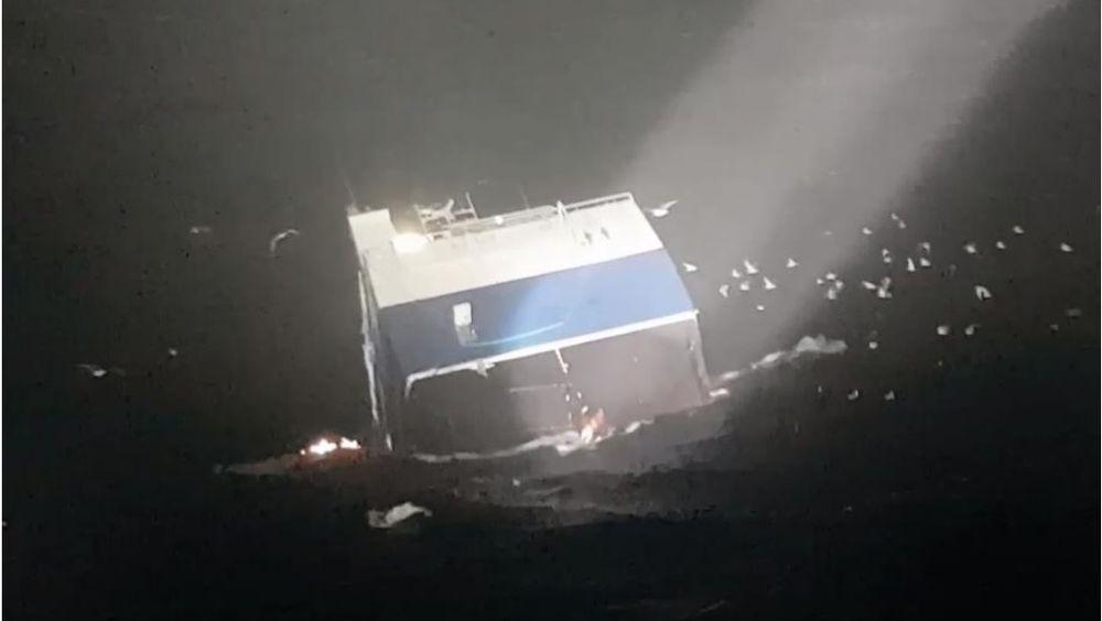 Fiskebåten Fay forliste etter å ha tatt inn vann.