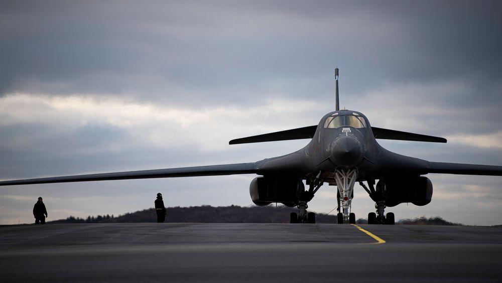 B-1B Lancer før avgang på det første treningsoppdraget i Norge fredag 26. februar.