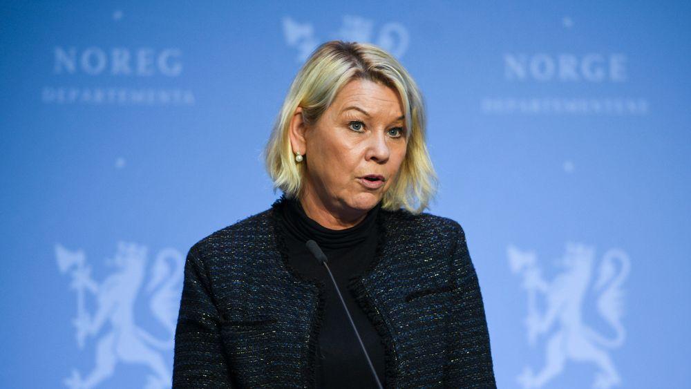 Justis- og beredskapsminister Monica Mæland (H) åpner for å bruke sikkerhetsloven for å stanse salget av Bergen Engines til russiske interesser.