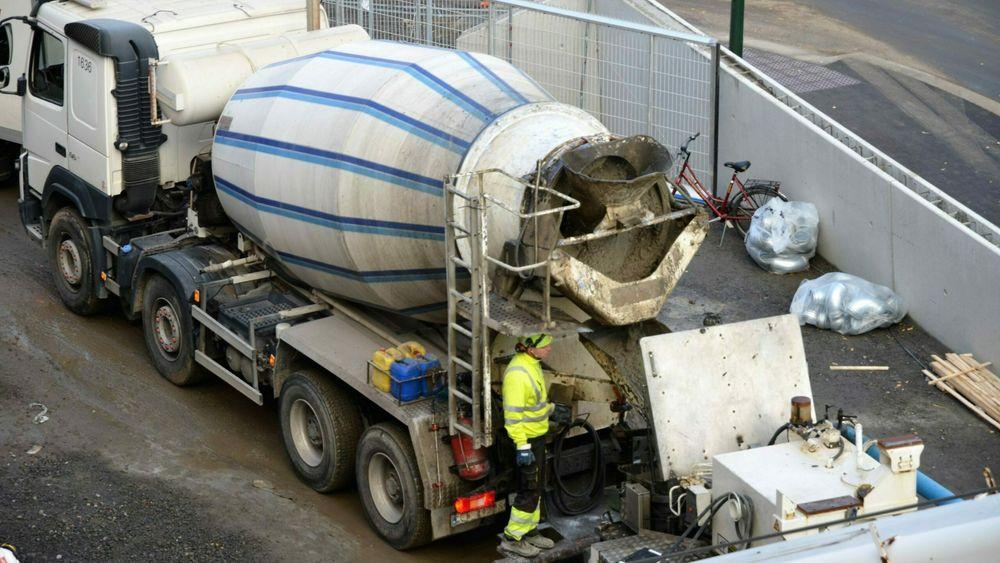 Ny studie viser at temperaturen betongen holder ved utlevering på blandeverket, kan synke drastisk mens betongbilene er på vei til byggeplassene.