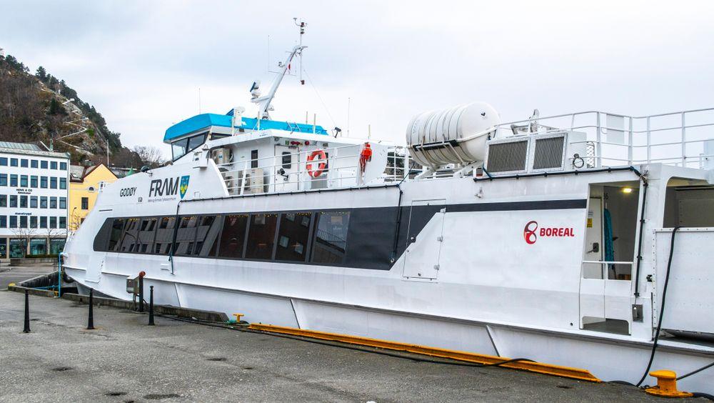 Boreal Sjø får fornyet sitt godkjenningsbevis i seks måneder etter at Sjøfartsdirektoratet har undersøkt om påleggene fra desember i fjor er fulgt opp. Men fortsatt er det registrert flere avvik som rederiet må følge opp.