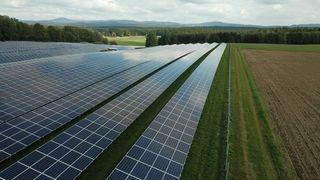 Solbransjen trosset ekstremt lave strømpriser: 40 MW på plass i fjor