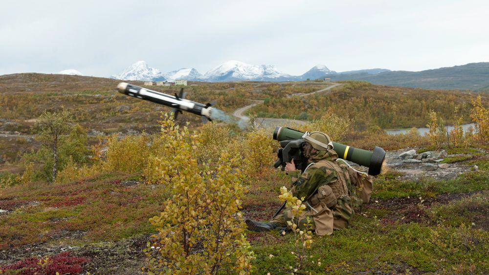 Skyting med Javelin på Mauken skytefelt da panservernvåpenet var nytt i Hæren i 2007.