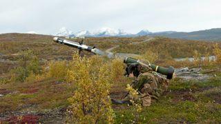 Panservernvåpen til Hæren: Norge skal kjøpe flere Javelin-missiler