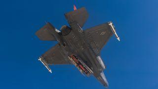 Det eneste kryssermissilet som passer i buken: Har for første gang sluppet JSM fra F-35 i lufta
