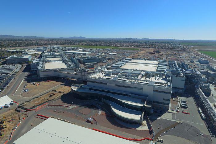 Intel nyeste halvlederfabrikk per mars 2021, Fab 42. Den ligger i Ocotillo, Chandler, Arizona.