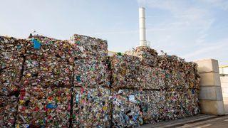 Norge følger også på og innfører forbrenningsskatt i 2021. Skatten er på NOK 149 per tonn CO2, som tilsvarer rundt NOK 80 per tonn avfall. Denne er nå til behandling hos ESA og det er uklart når skatten blir implementert. Avgiften vil etter alt å dømme igjen gjøre svenske forbrenningsanlegg mer attraktive for norske avfallsprodusenter.