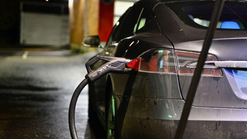 I Tesla-batteriene er kolboltinnholdet nå nede i 3 prosent og neste generasjons batterier vil produseres uten kobolt.