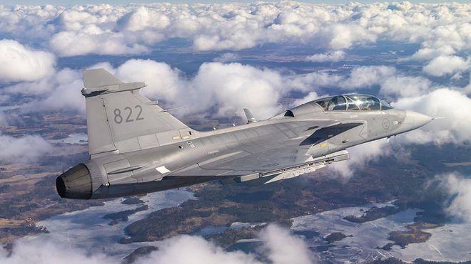Her flyr Sveriges kampfly med en 3D-printet komponent som skal kunne produseres i felt