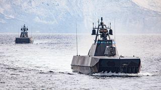 Blant verdens raskeste marinefartøyer: Etter tapet av «Helge Ingstad» må Skjold-korvettene få nye våpen