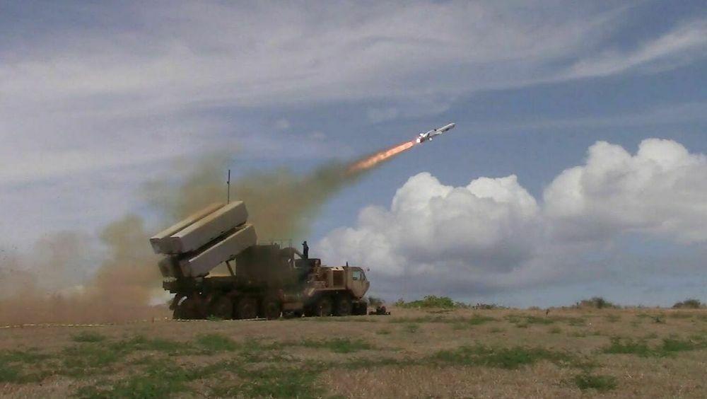 NSM skytes fra Pacific Missile Range Facility Barking Sands på hawaiiøya Kauai i forbindelse med Rimpac-øvelsen i 2018.